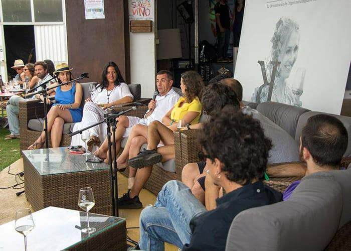 Coloquio en Ribeiro Son de Viño sobre vino, música y juventud