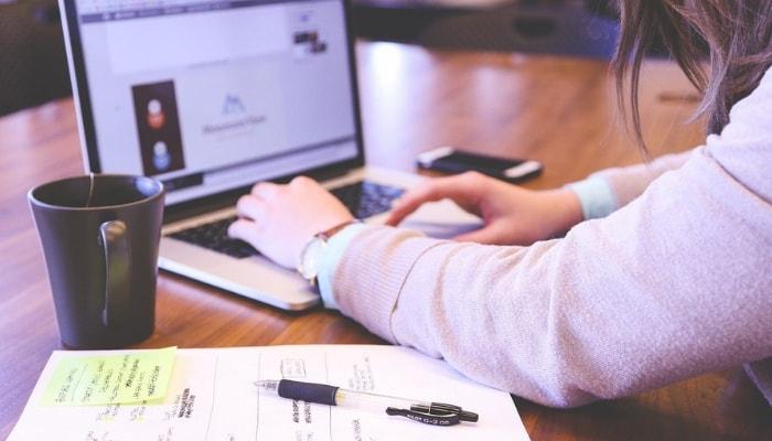 Cómo influyen las búsquedas por voz en el SEO de tu página web - El contenido