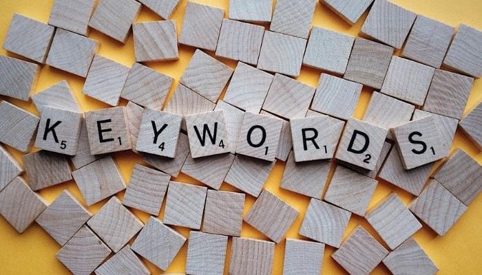 Cómo influyen las búsquedas por voz en el SEO de tu página web - Palabras clave long tail